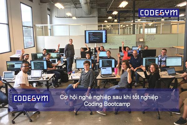 co-hoi-nghe-nghiep-sau-khi-tot-nghiep-khoa-hoc-coding-bootcamp-full-time