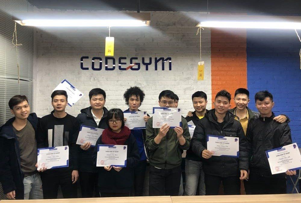 Lễ tốt nghiệp khóa đào tạo lập trình chuyên nghiệp – CodeGym