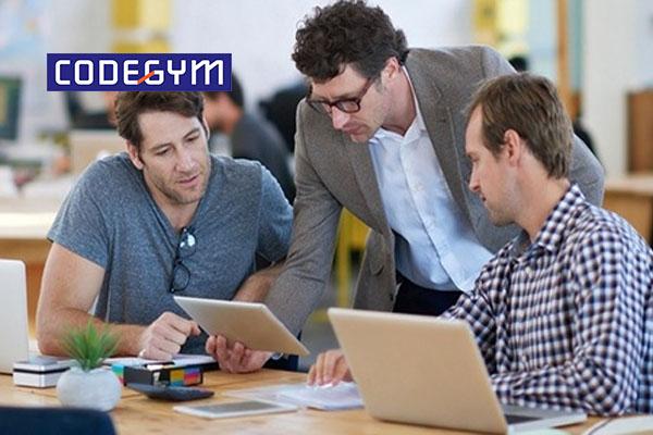 Lập trình viên công nghệ thông tin là gì? Nên chọn ngành nào để học